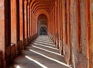 bologna-restauro-del-portico-di-san-luca-possibile-con-il-crowdfunding.jpg