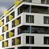 Installazione tenda su balcone condominiale: il limite del decoro
